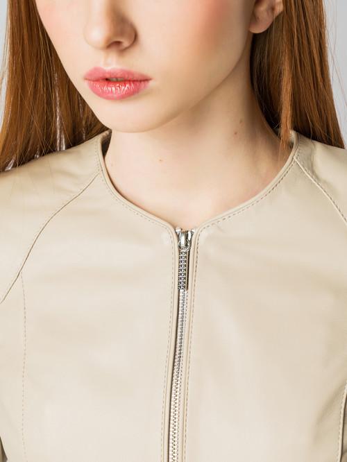 Кожаная куртка артикул 01005492/44 - фото 4