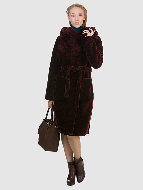 Шуба из мутона мех мутон, цвет бордо, арт. 04901146  - цена 26990 руб.  - магазин TOTOGROUP