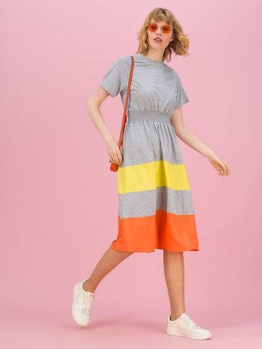 Женское платье 70% хлопок, 30% полиэстер, цвет серый, арт. 14711708  - цена 1950 руб.  - магазин TOTOGROUP