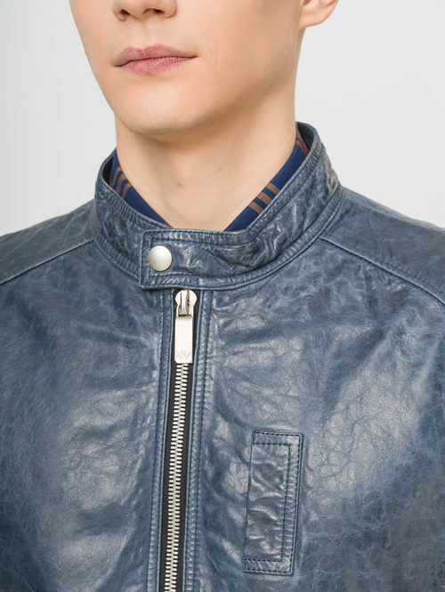 Кожаная куртка артикул 14809989/48 - фото 4