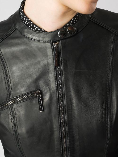 Кожаная куртка артикул 18005485/40 - фото 4