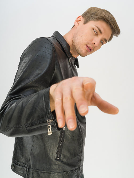 Кожаная куртка эко-кожа 100% П/А, цвет черный, арт. 18810207  - цена 3790 руб.  - магазин TOTOGROUP